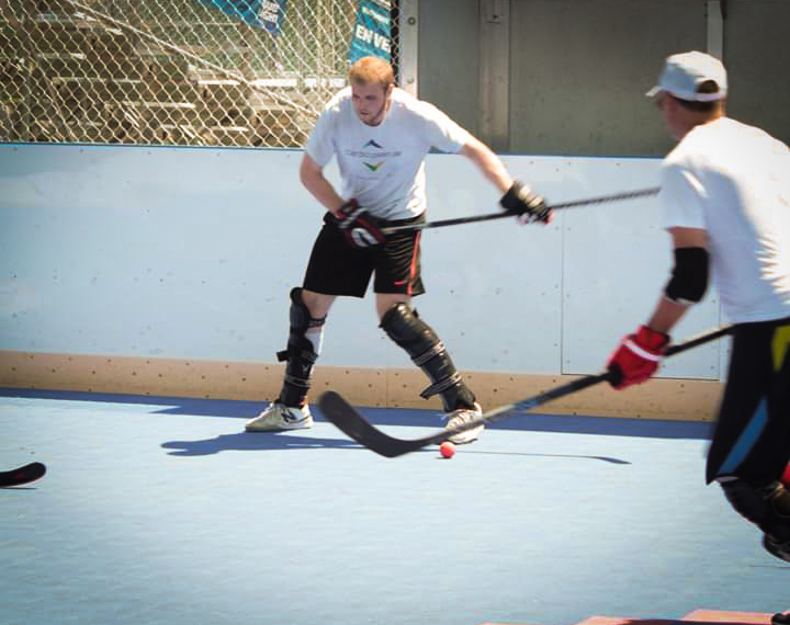 Deck hockey